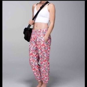 Lululemon floral pants